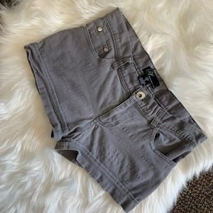 RF premium 🌸collection Grey shorts. Size 5